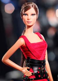 elle-herve-leger-barbie-3-de