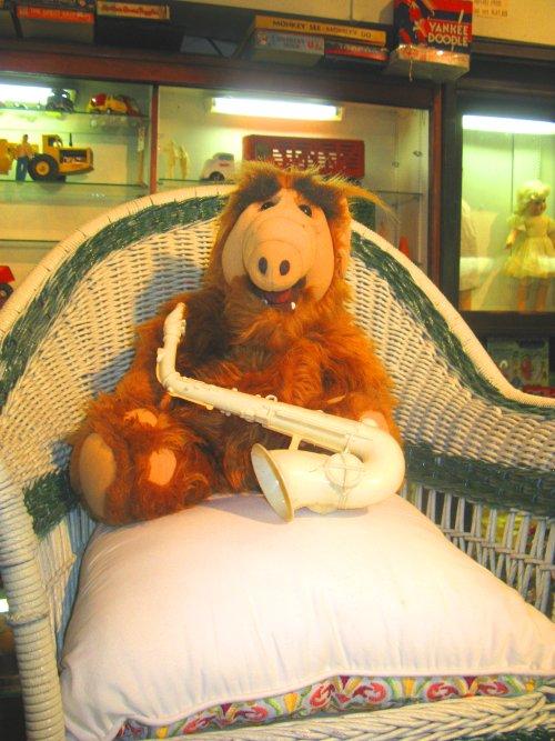 Alf is an alien, too
