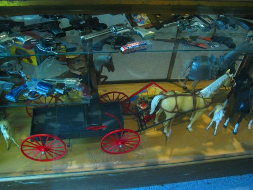 The Marx Buckboard with Thunderbolt the horse (and a few other horses in there, too)