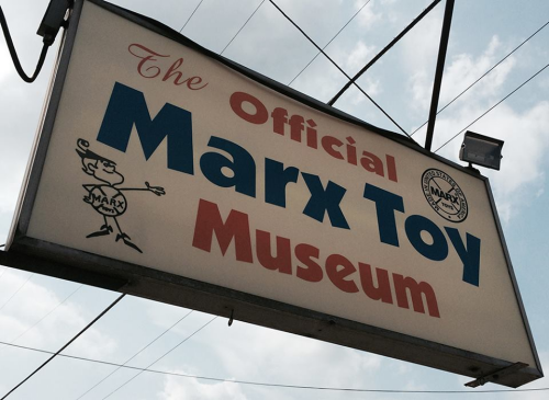 ...and with this, we bid farewll to The Marx Toy Museum, but a return trip is already being planned.