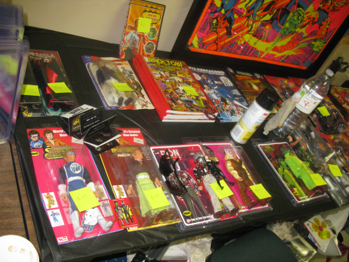 Brian Heiler's table, the author of Rack Toys. Visit his website, Plaid Stallions for tons of retro coolness