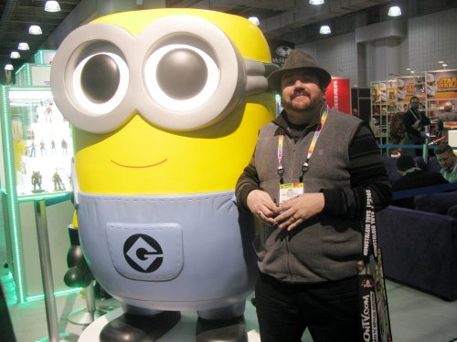 Your PopCulteer, posing with a celebrity.