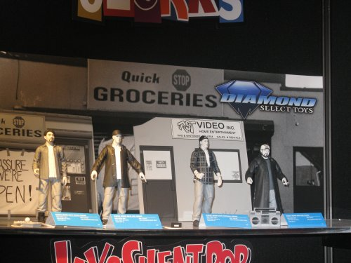 """Action figures based on Kevin Smith's """"Clerks"""" come complete with interlocking display pieces."""