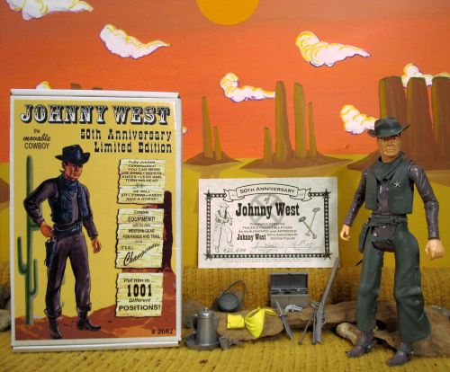 Photo by Mykol Blackwell. This shows off the figure, accessories, cool box and the certificate of authenticity signed by Terri Coop and James Wozniak