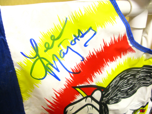 Autograph by Lee Majors