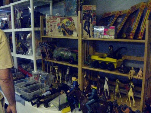 Tom Heaton, of Vintage Toy Room and Johnny West book fame, brought in plenty of other classic toys