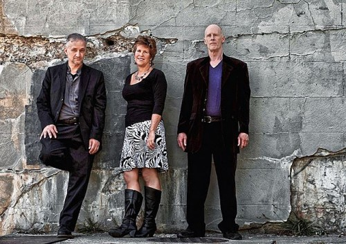 Electric folk by The BrotherSisters...7-9 PM at Bluegrass Kitchen. No cover.