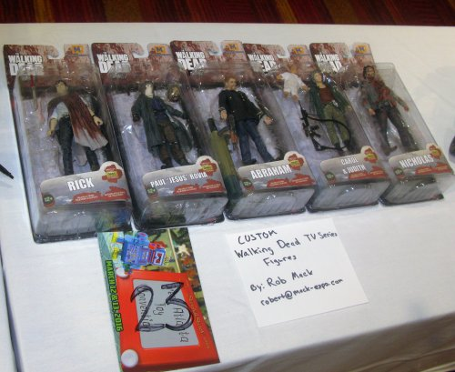 Cool cstomized packaged The Walking Dead customs